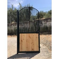 Puerta para boxer de caballos